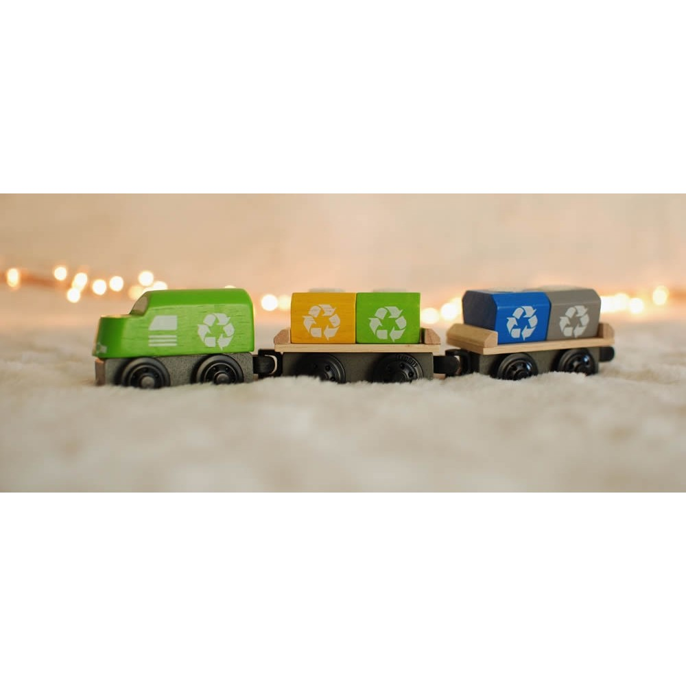 Plan Toys Train Joys : Plan toys recycling train