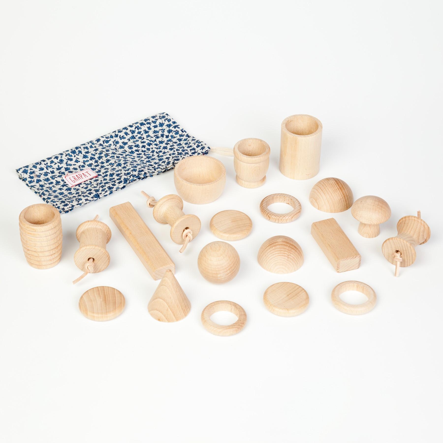 Grapat 20 Wooden Elements Treasure Basket