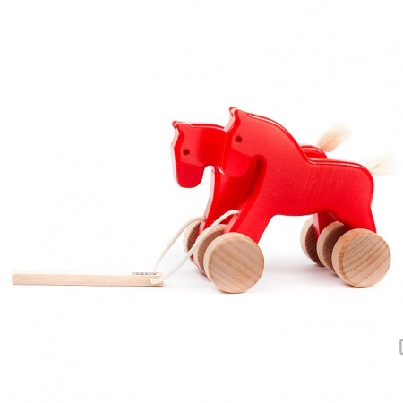 Bajo Red Jumping Horses