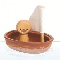Plan Toys Walrus Sailing Boat