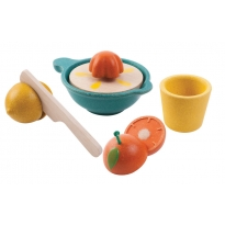 Plan Toys Juicer Set
