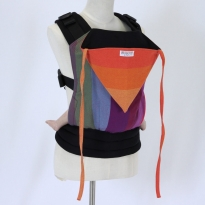 Wompat Medium Baby Carrier - Vanamo Rainbow / Red
