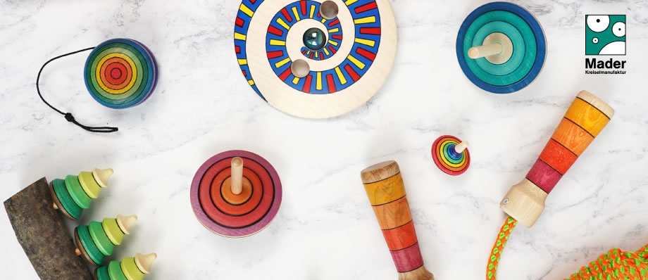 mader wooden spinning tops